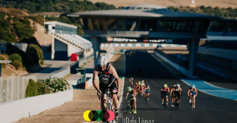 Un triatlón en el Circuito de Jerez